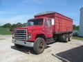 1981 International S1724 Semi Truck