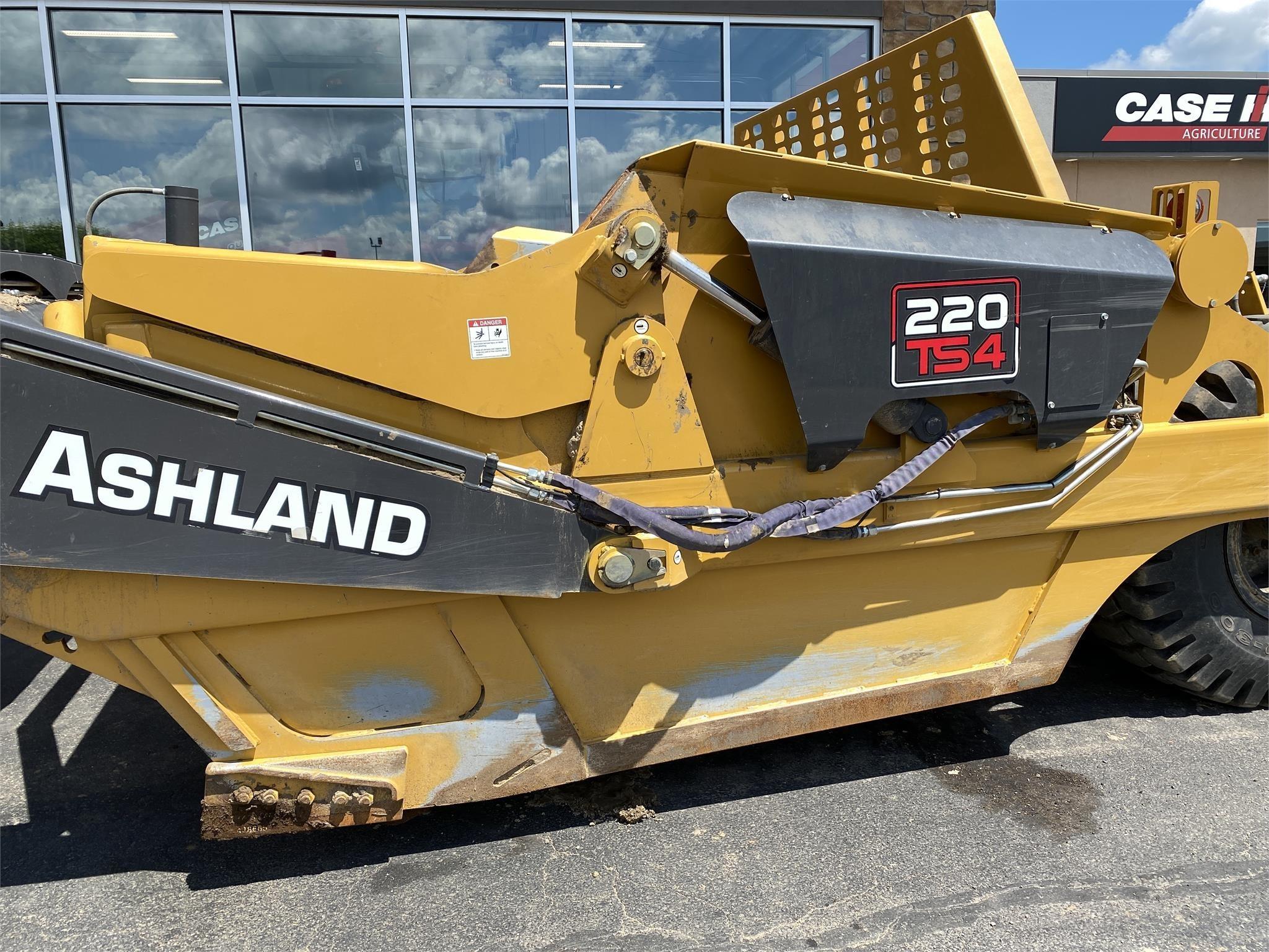 2019 Ashland 220TS4 Scraper