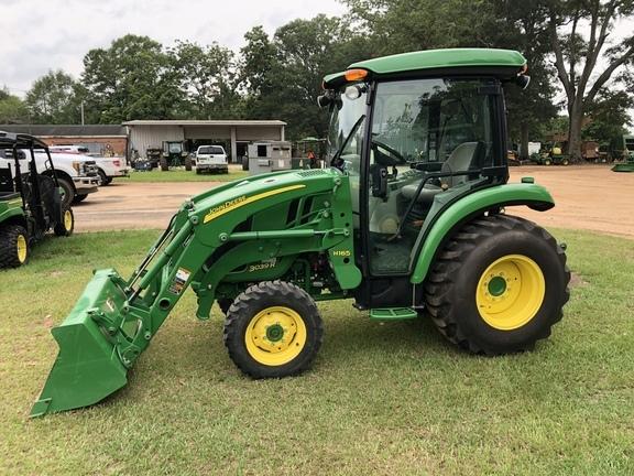 2015 John Deere 3039R Tractor