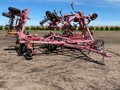 2004 Sunflower 3050-35 Chisel Plow
