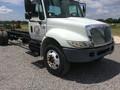 2005 International DURASTAR 4300 Semi Truck