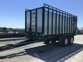 2018 Art's Way 8200 Forage Wagon