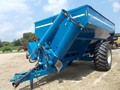 2003 Kinze 850 Grain Cart