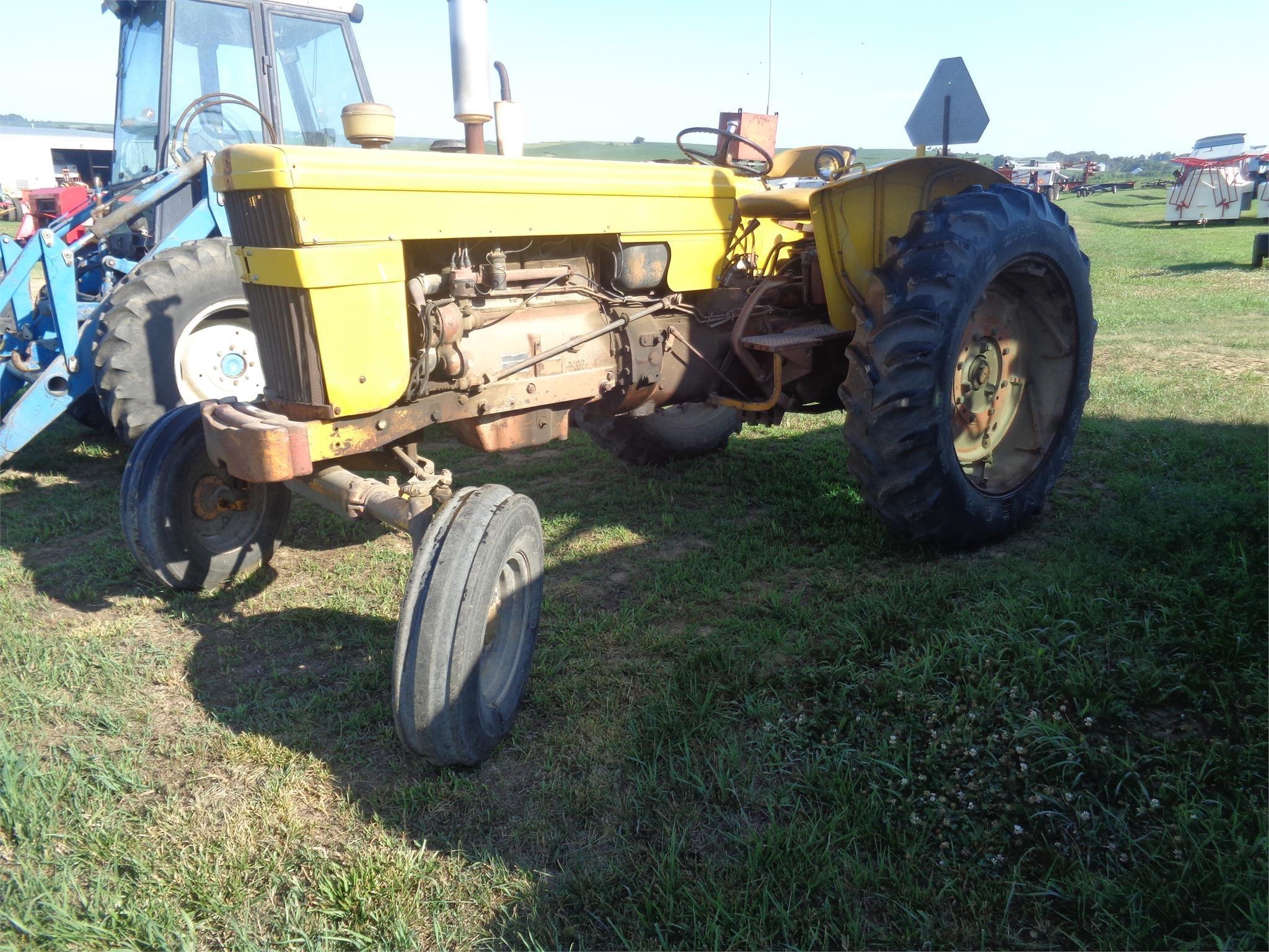 Minneapolis-Moline M602 Tractor