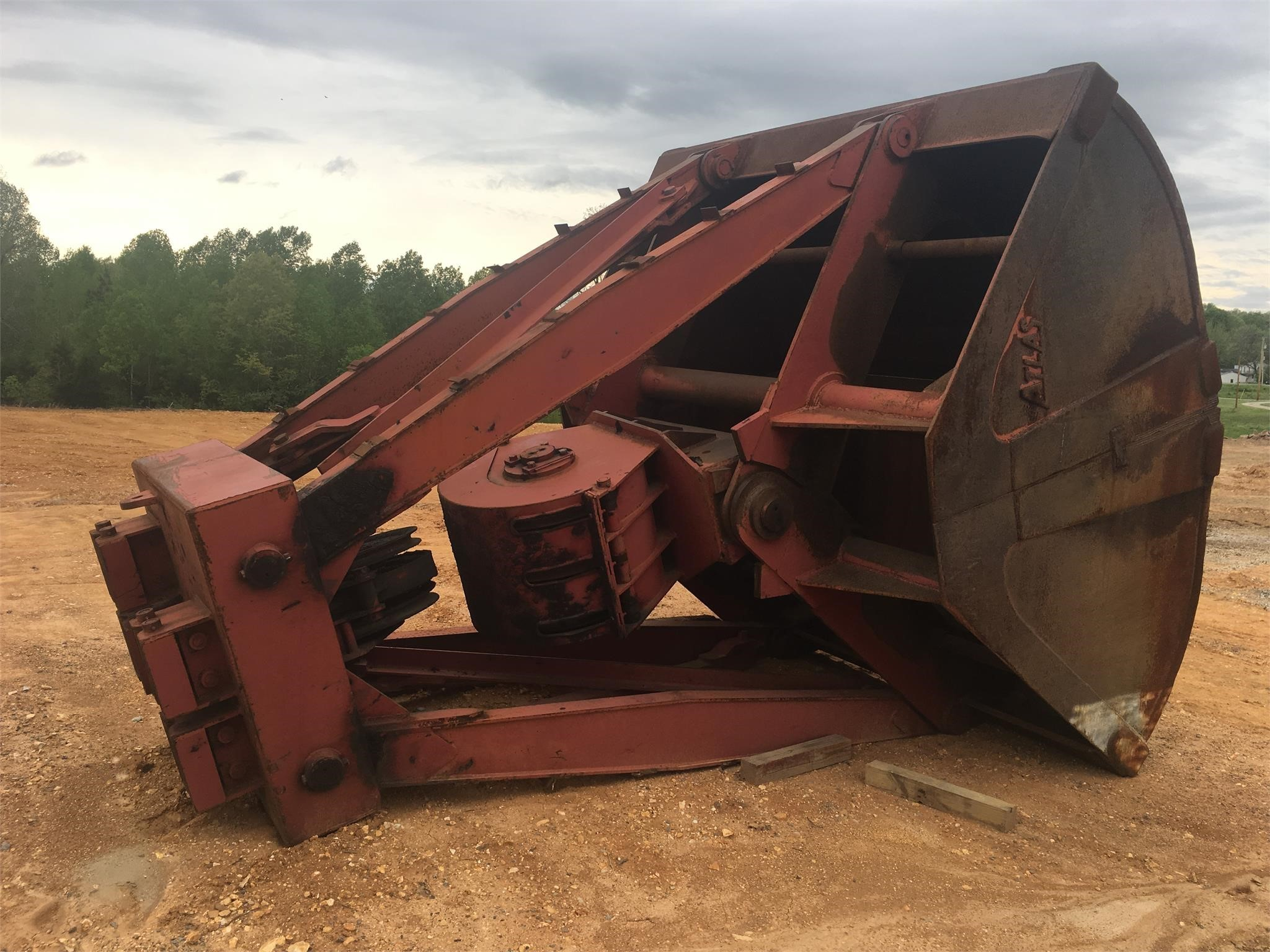 Atlas 10 YARD Loader and Skid Steer Attachment