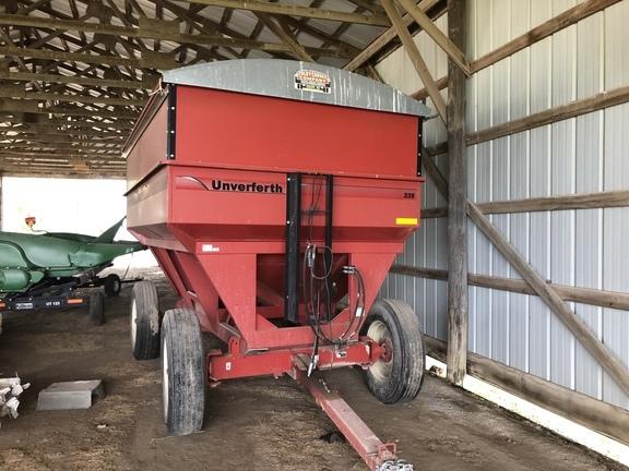 Unverferth 335 Gravity Wagon