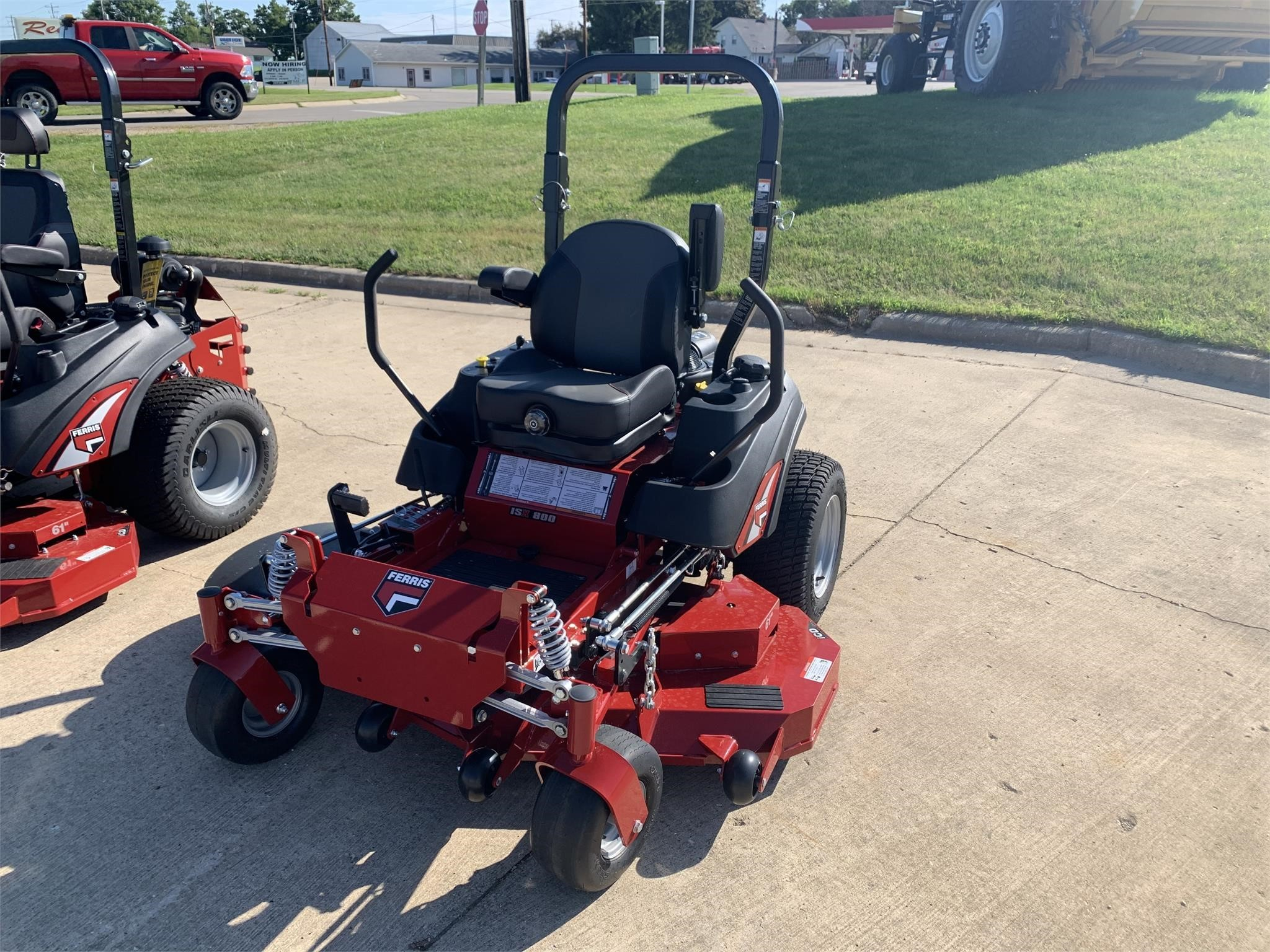 2020 Ferris ISX800ZB2761 Lawn and Garden