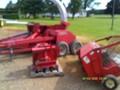 Gehl 1275 Pull-Type Forage Harvester
