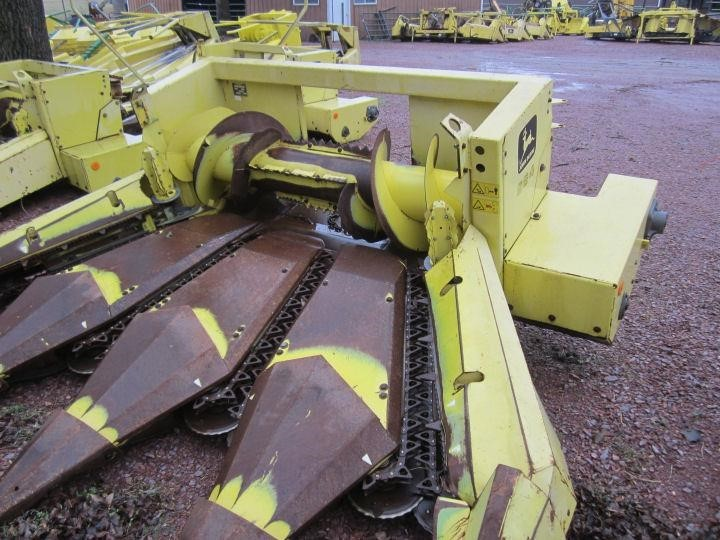 John Deere 664 Forage Harvester Head