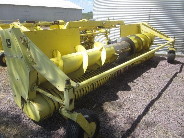 John Deere 645 Forage Harvester Head