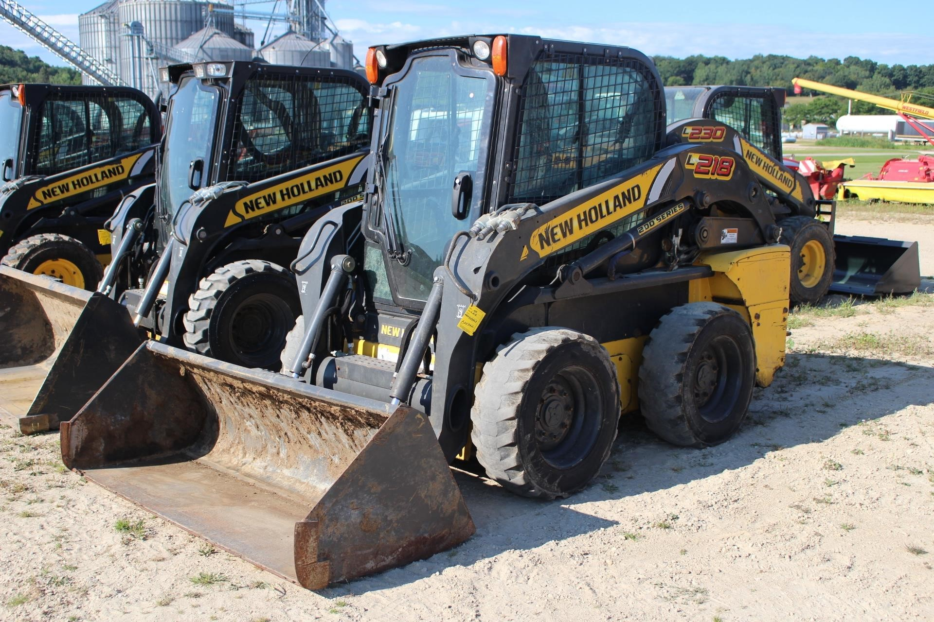 2016 New Holland L218 Skid Steer