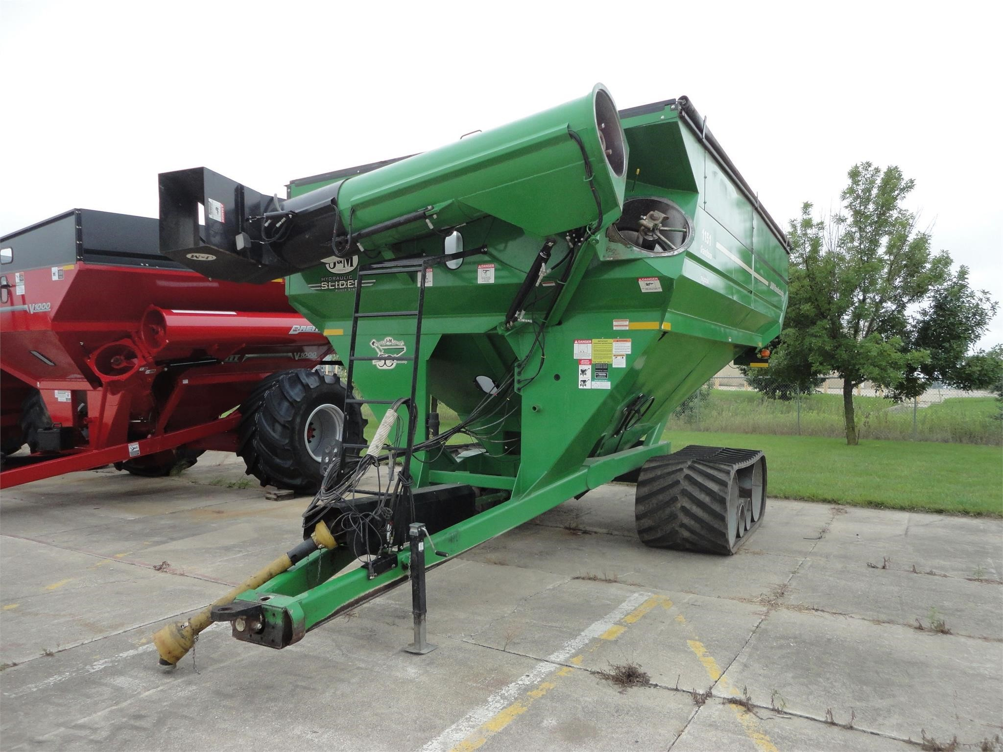 2015 J&M 1151-22S Grain Cart