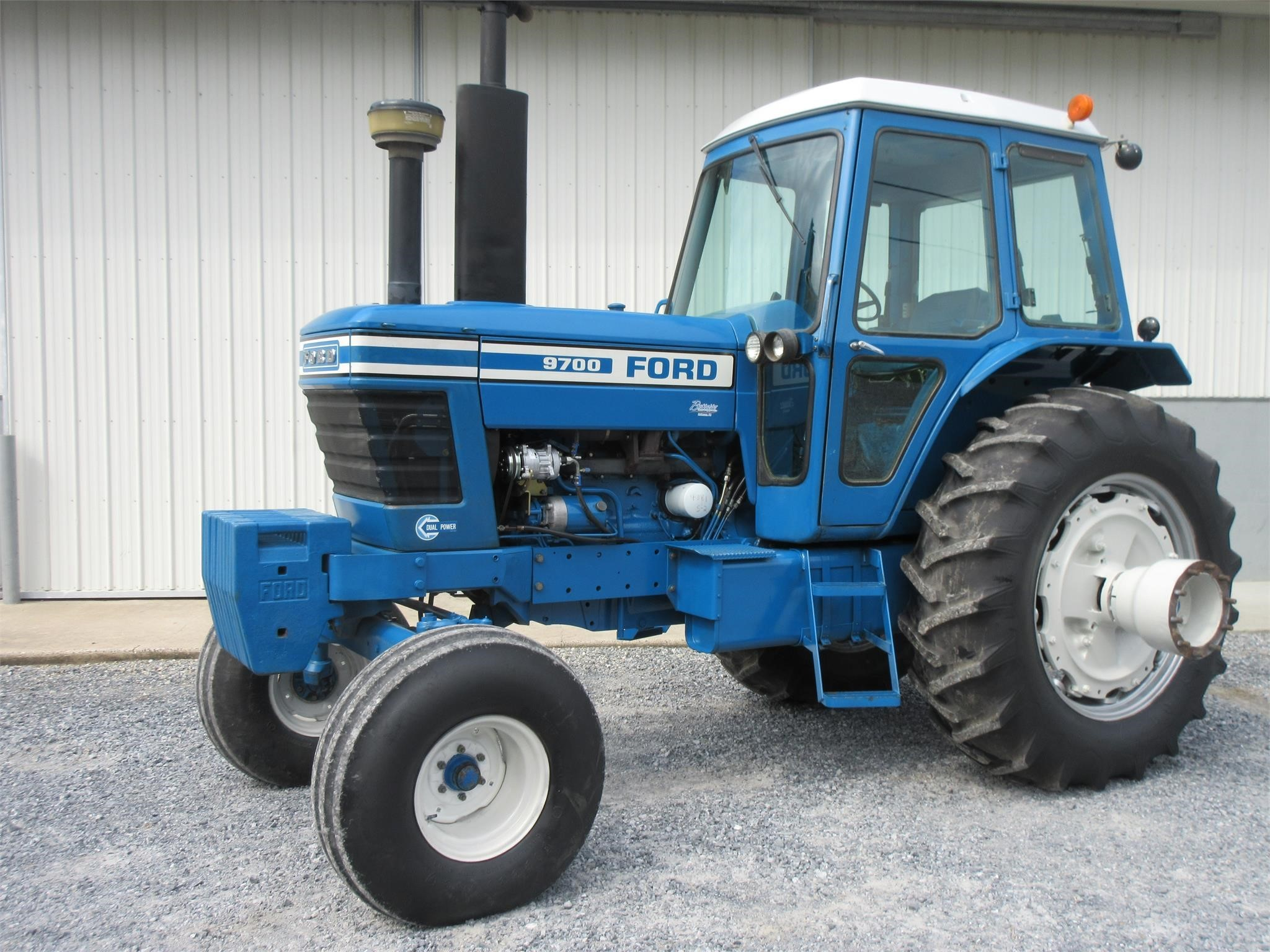 1977 Ford 9700 Tractor