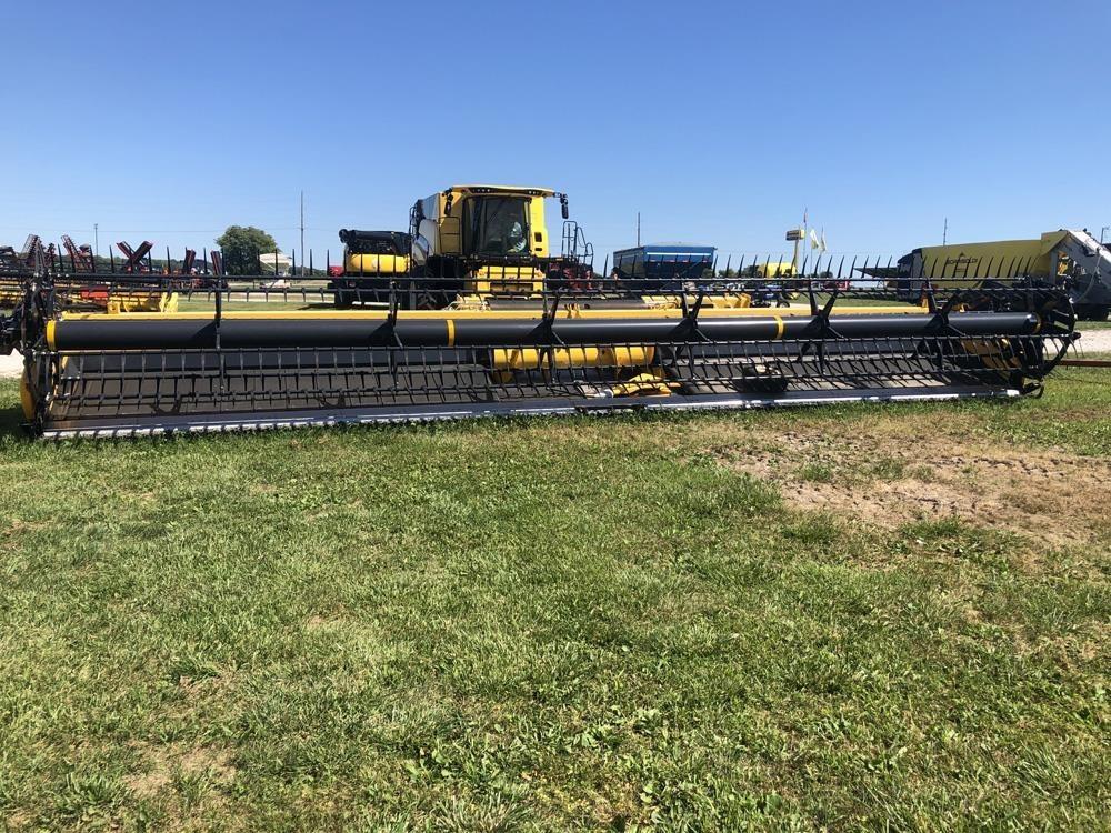 2018 New Holland 880CF Platform