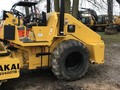 2006 Sakai SV400TB Compacting and Paving