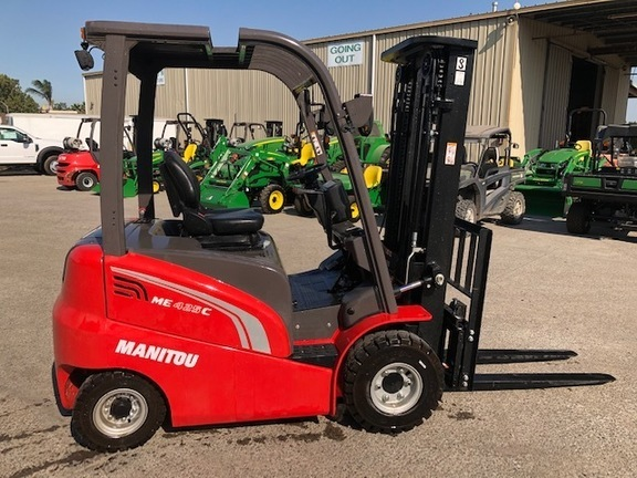 2019 Manitou ME425C Forklift