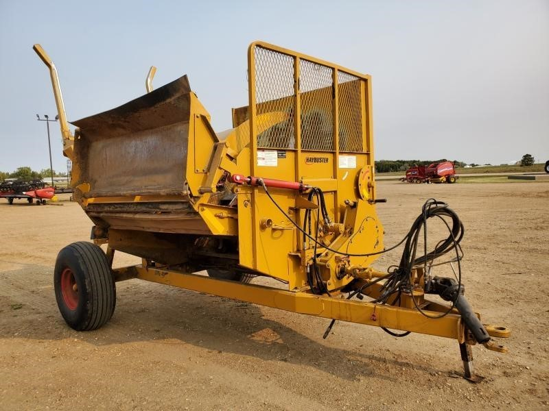 2013 Haybuster 2650 Grinders and Mixer