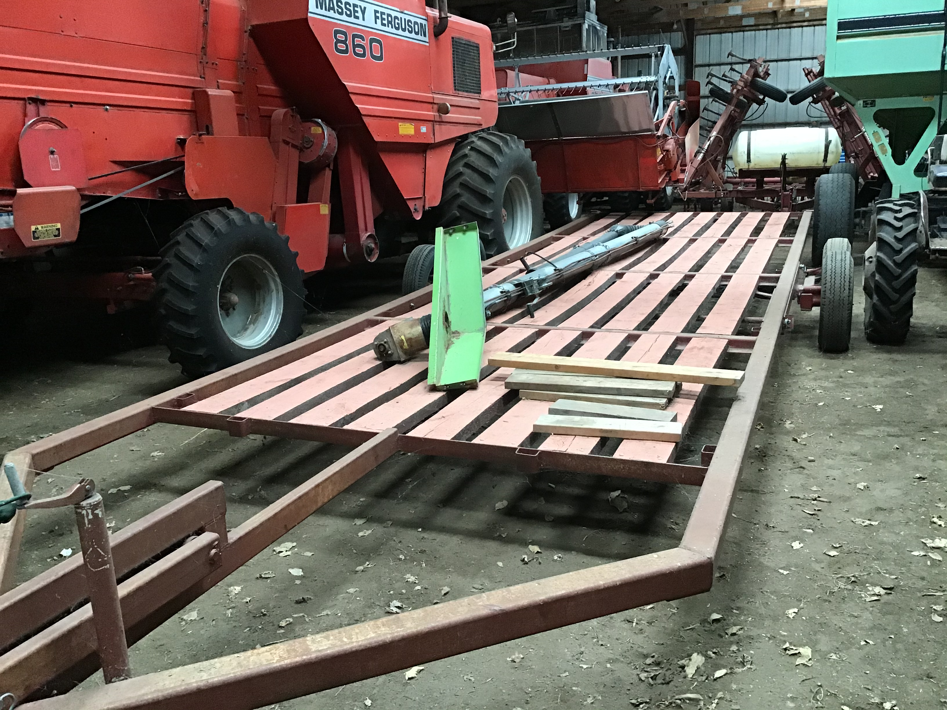 Donahue 28' Flatbed Trailer