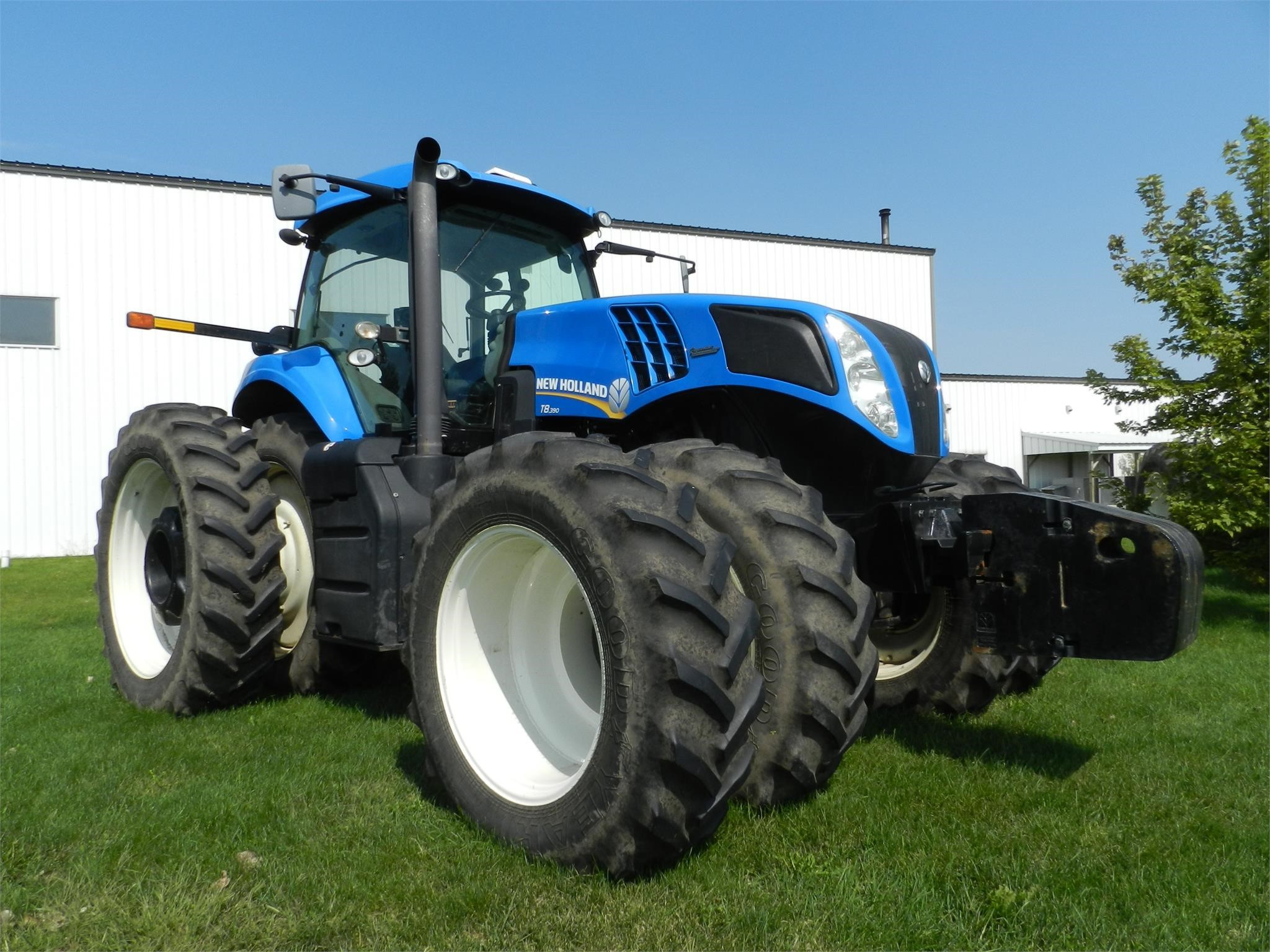 2011 New Holland T8.390 Tractor