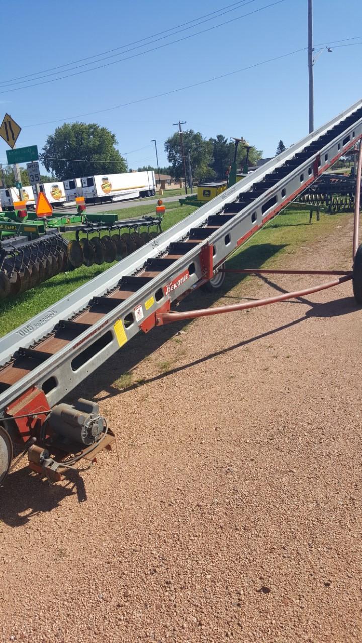 Kewanee 500 Augers and Conveyor