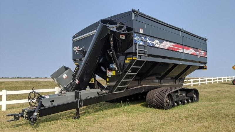 2020 J&M 1432 Grain Cart