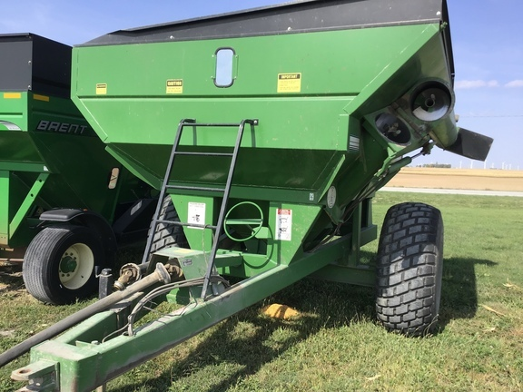 1990 Brent 470 Grain Cart