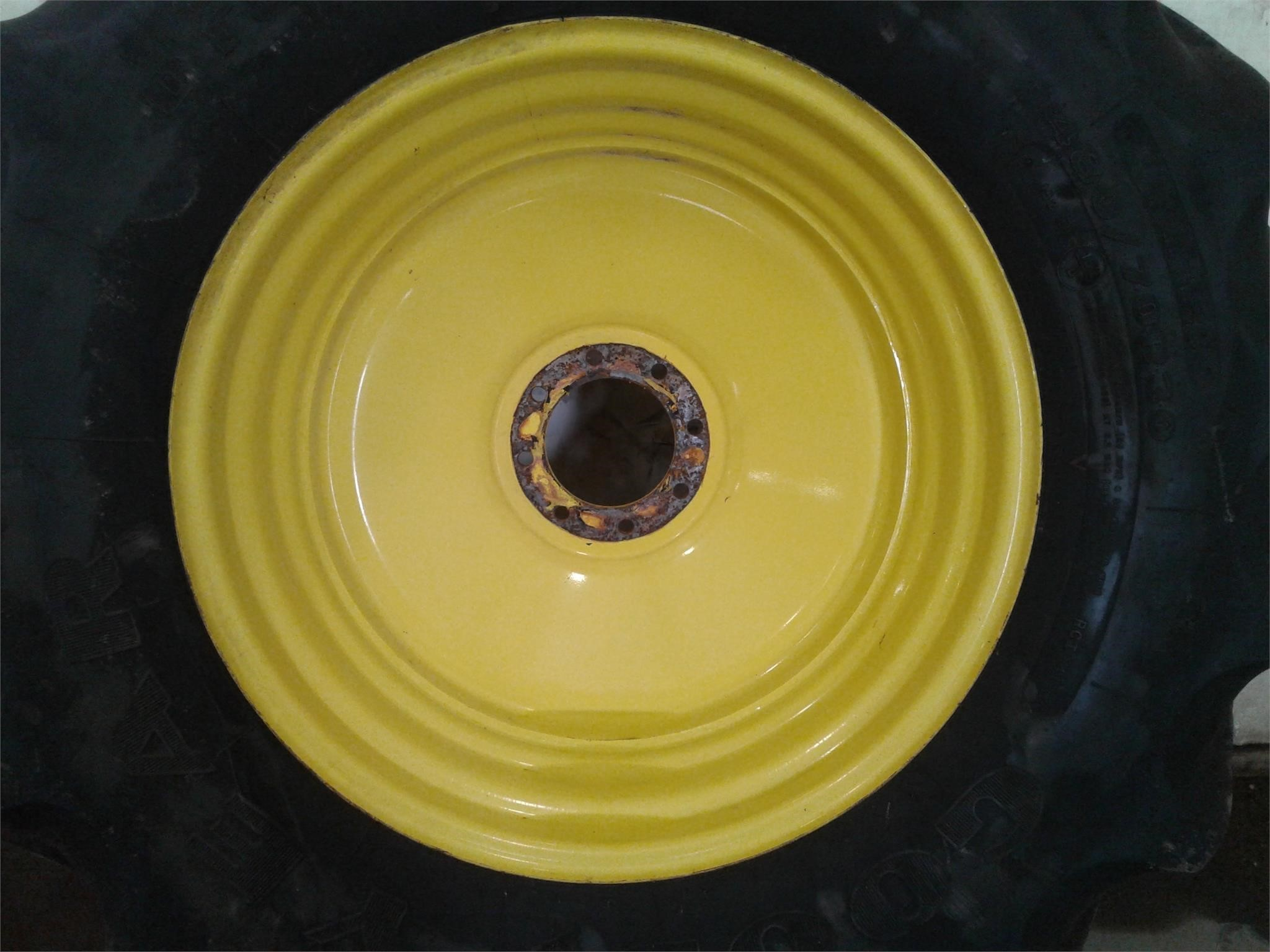 Goodyear 480/70R30 Wheels / Tires / Track