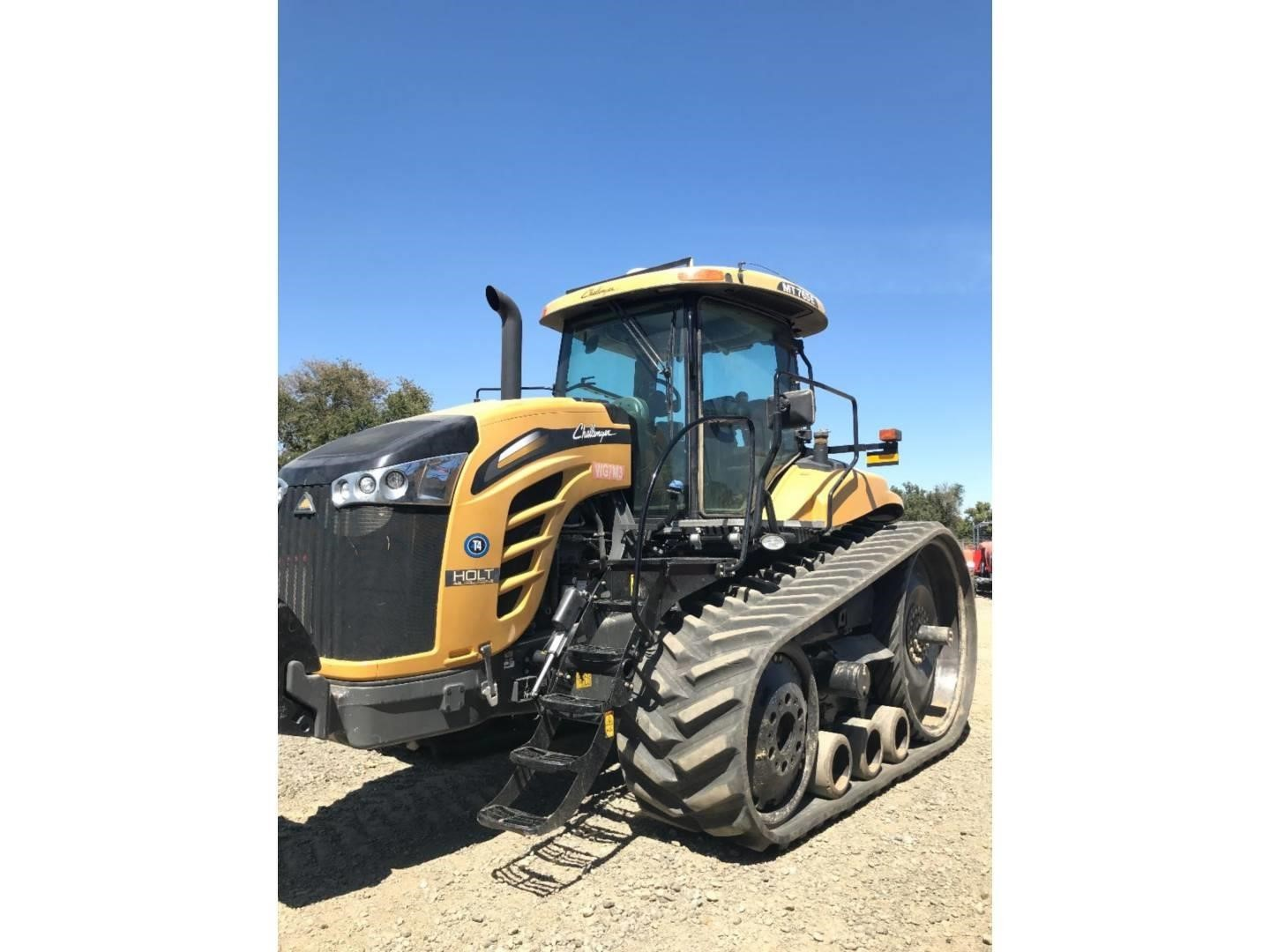 2015 Challenger MT765E Tractor