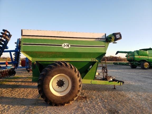2002 J&M 525 Grain Cart