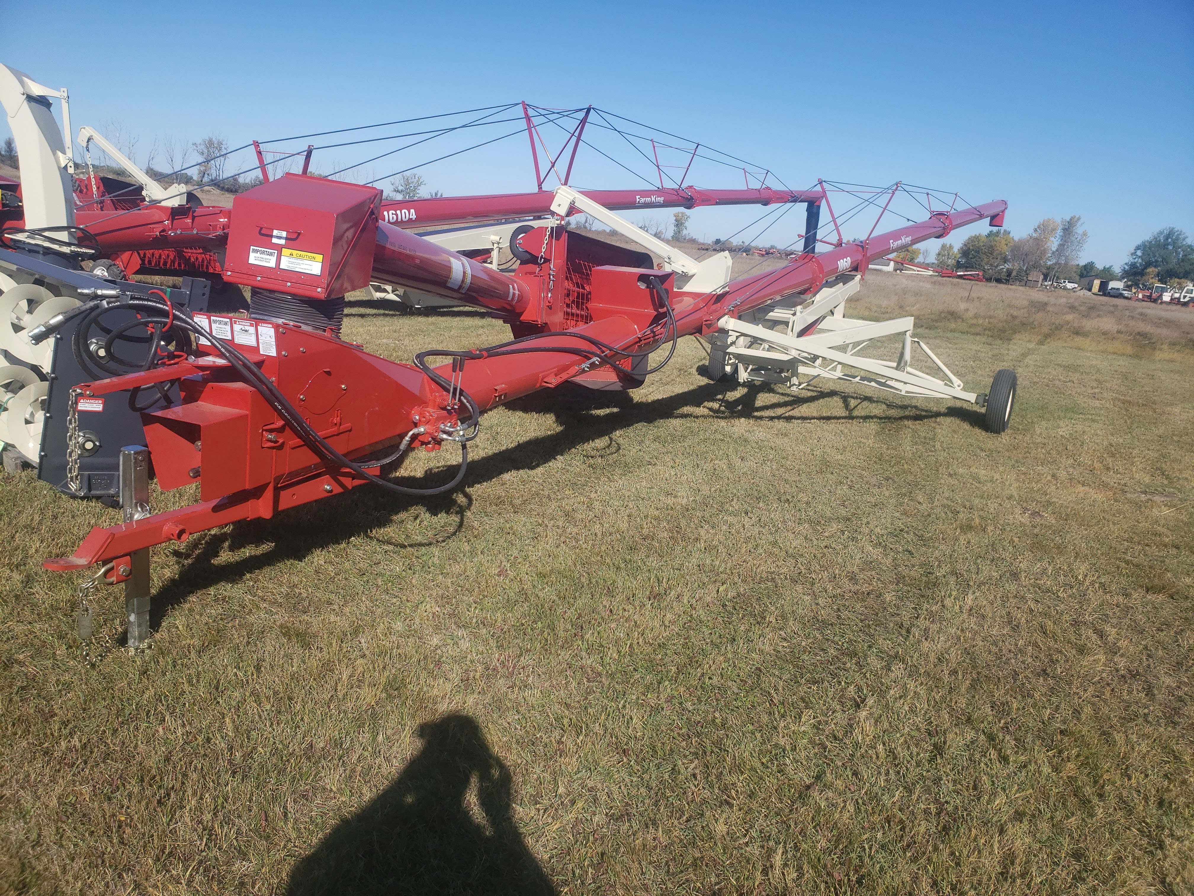 2018 Farm King 10x60 Augers and Conveyor