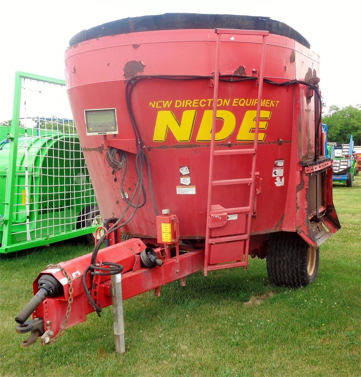 2010 NDE 1652 Grinders and Mixer