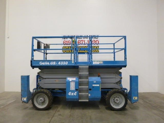 2001 Genie GS4390RT Miscellaneous