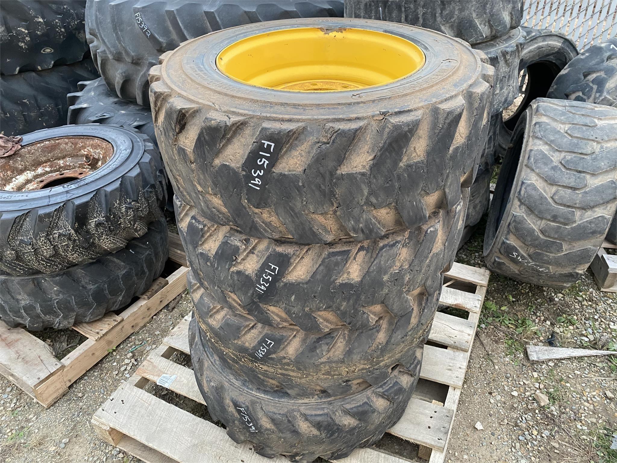 Deestone 10x16.5 Wheels / Tires / Track