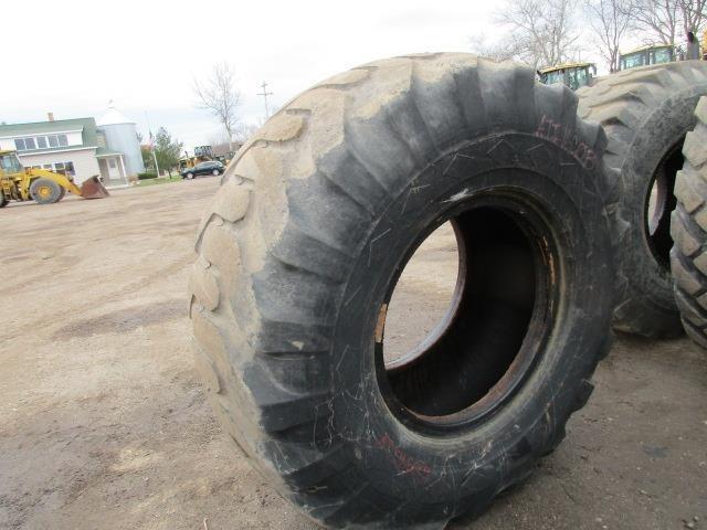 Goodyear 20.5x25 Wheels / Tires / Track