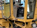 1996 Deere 670C Compacting and Paving