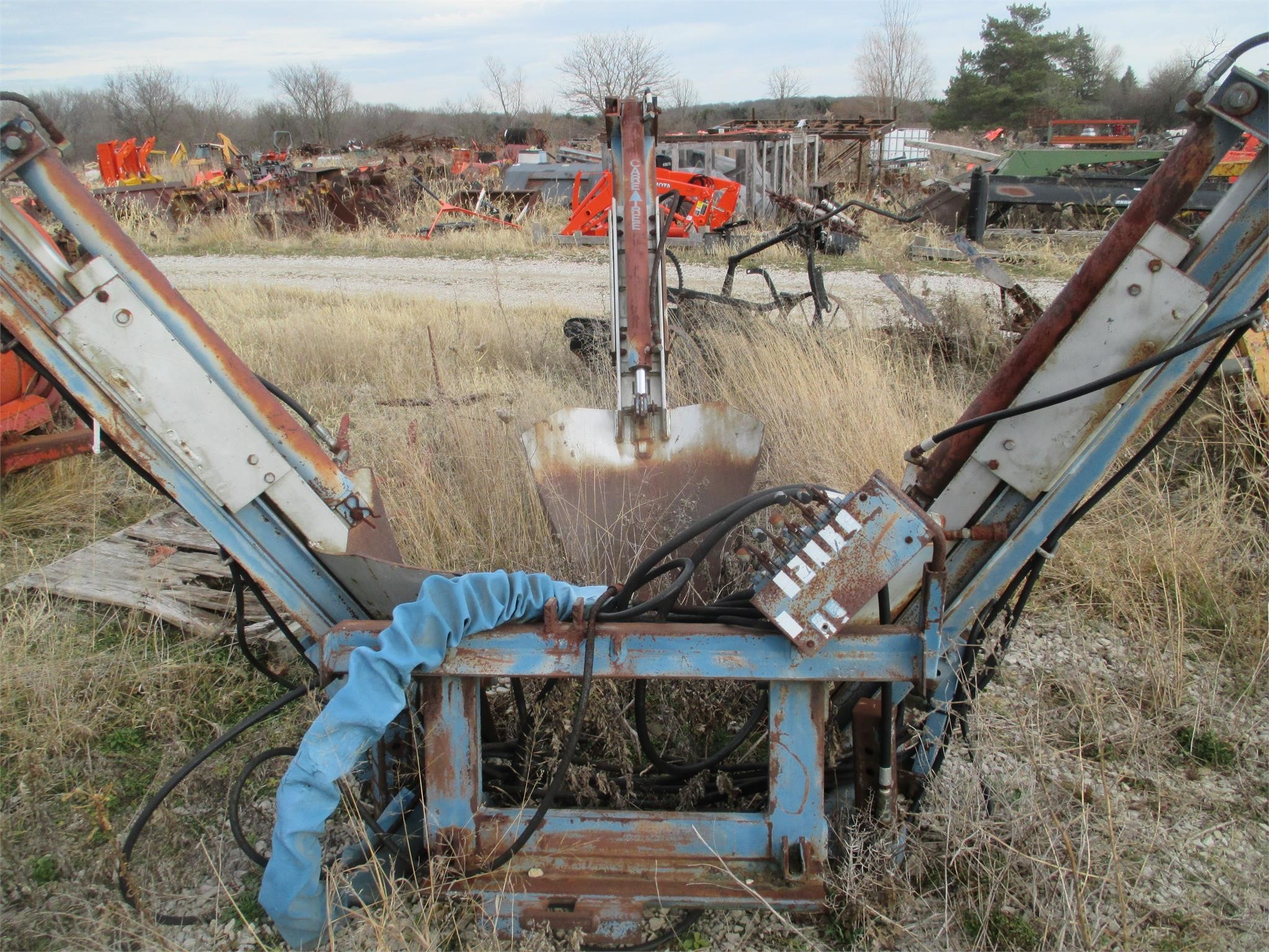 CareTree 532 Loader and Skid Steer Attachment