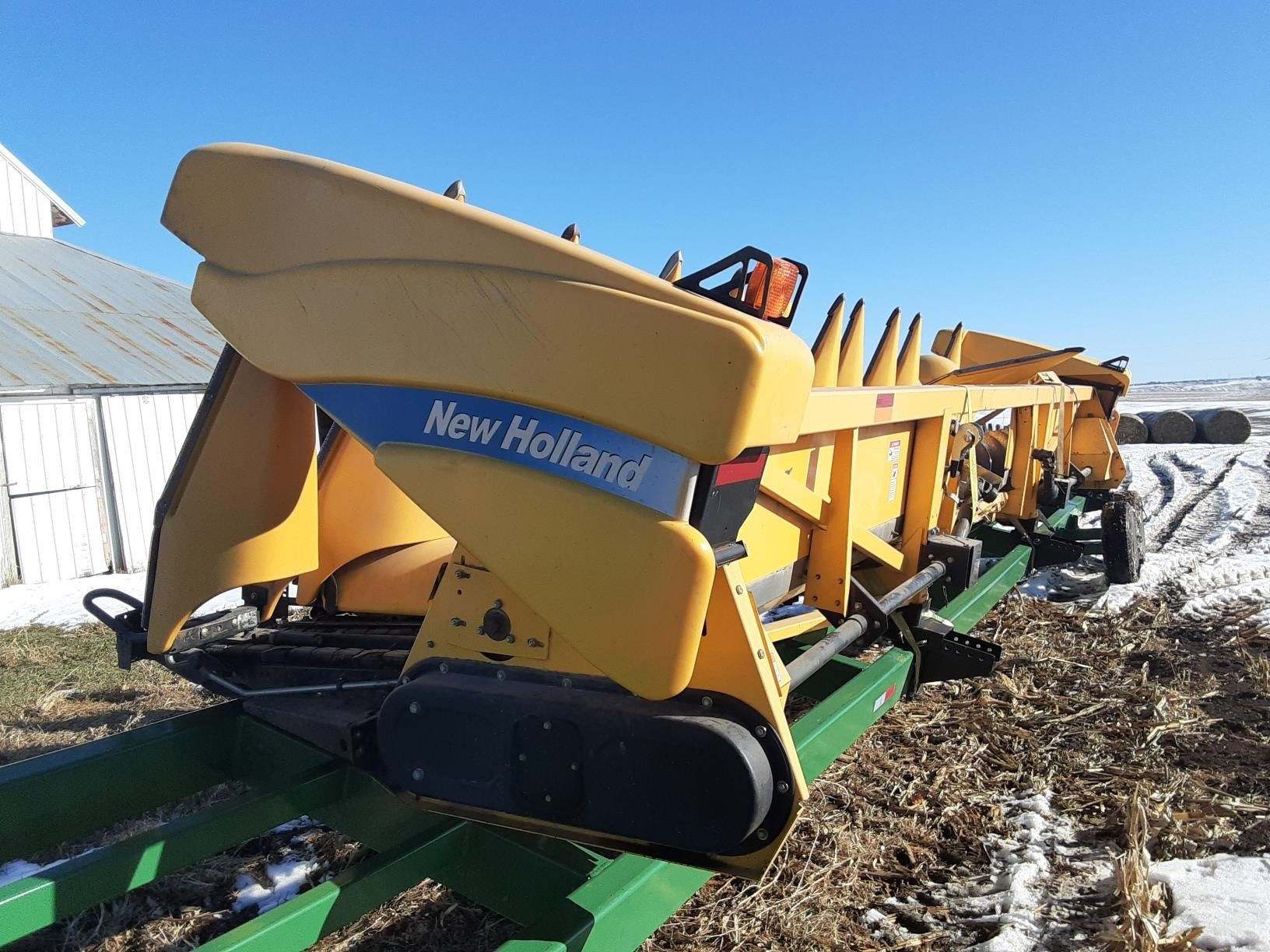 2009 New Holland 98D Corn Head