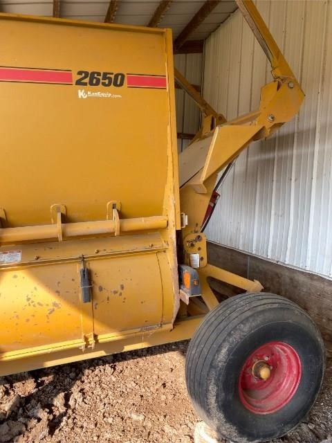 2015 Haybuster 2650 Grinders and Mixer