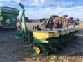1994 John Deere 7240 Planter