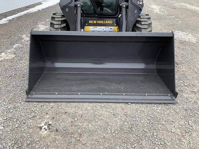 2021 New Holland 735069016 Loader and Skid Steer Attachment