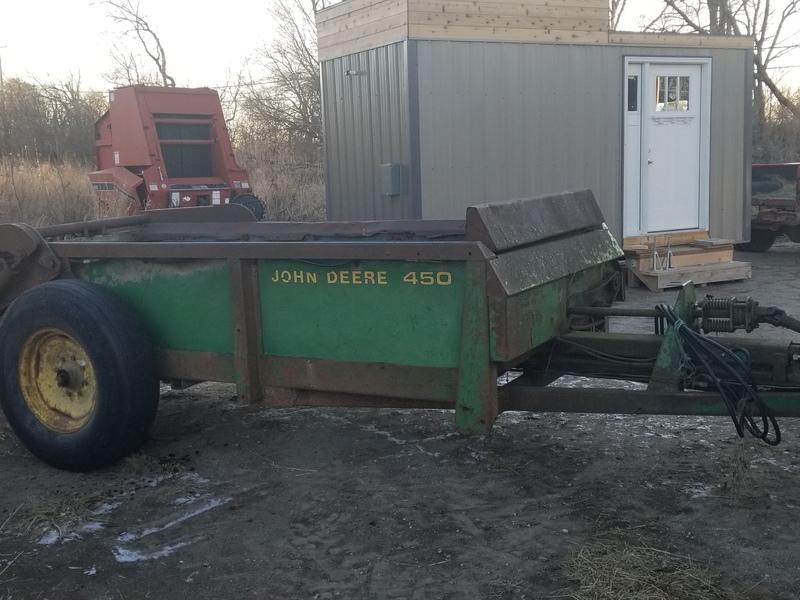 John Deere 450 Hydra Push manure spreader for parts