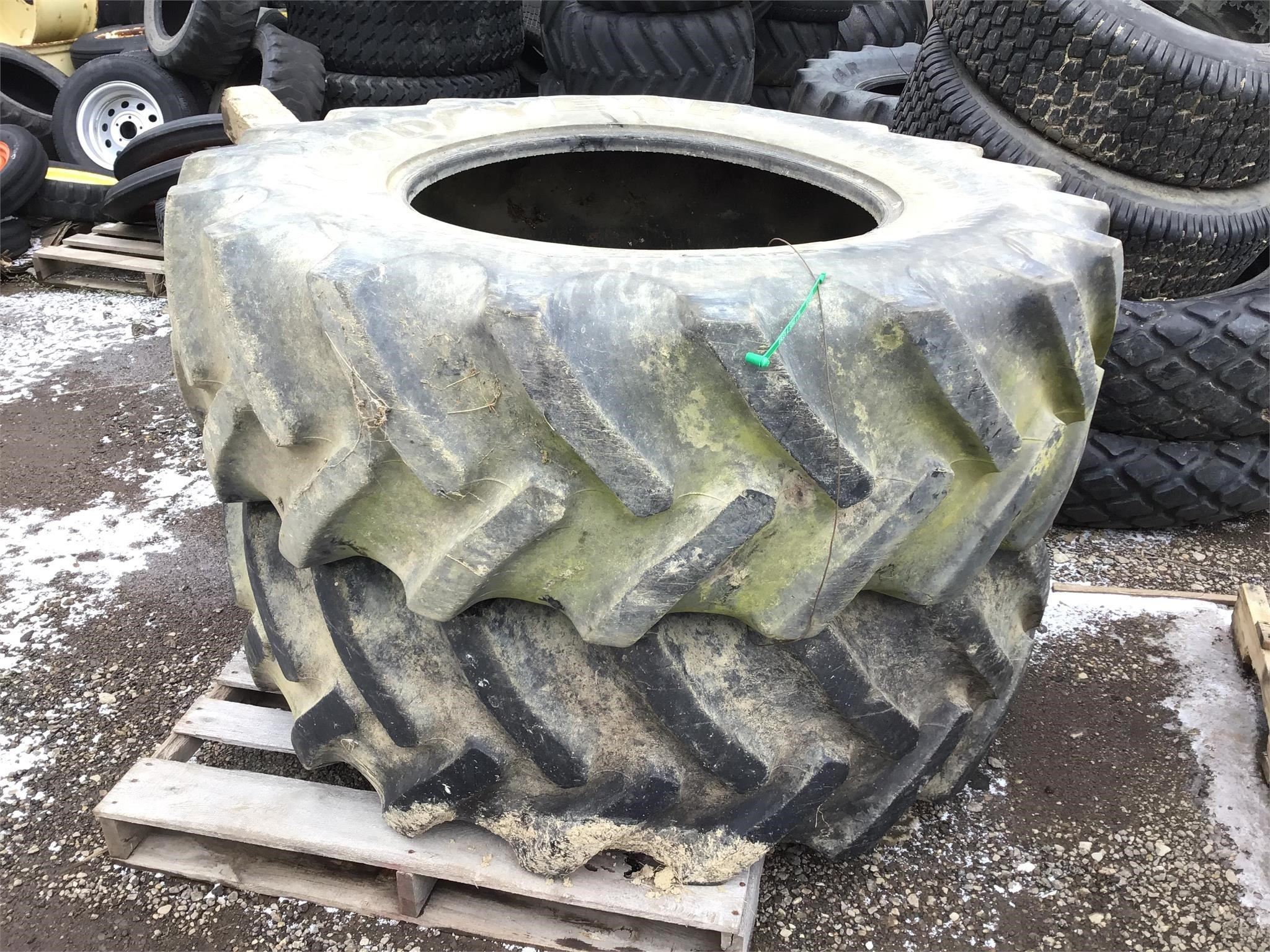 Goodyear 18.4R30 Wheels / Tires / Track