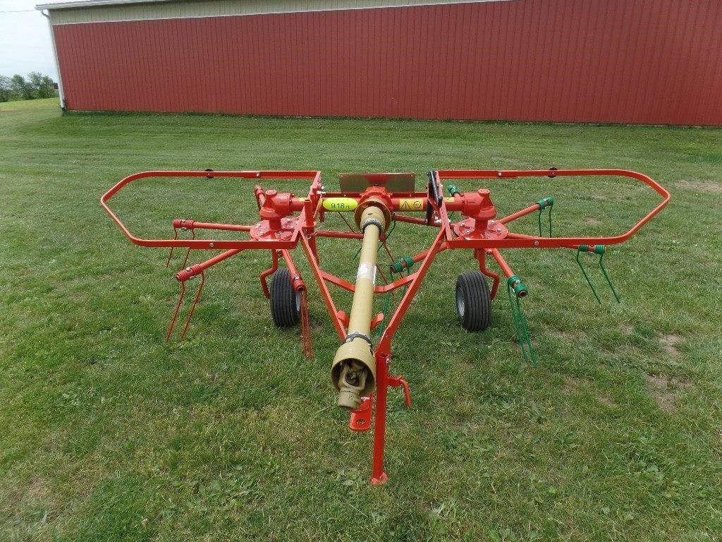 Farm-Maxx FHT280 Tedder
