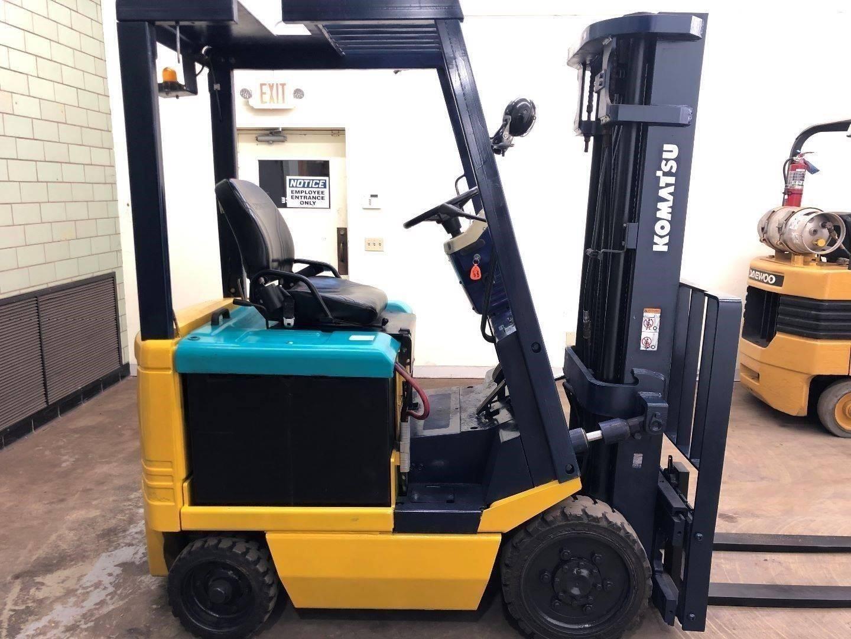 2001 Komatsu FB20SHG-5 Forklift