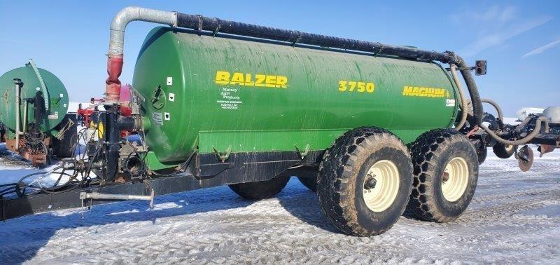 2005 Balzer 3750 Magnum Manure Spreader