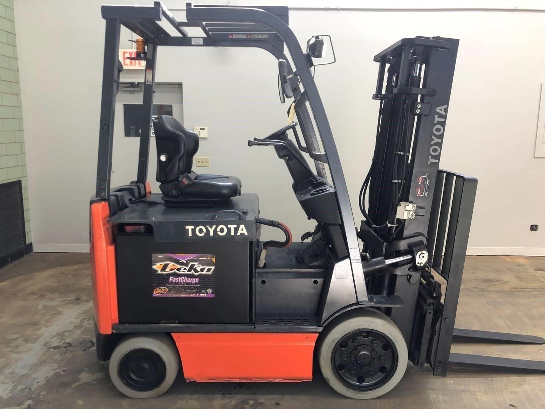2013 Toyota 8FBCU30 Forklift