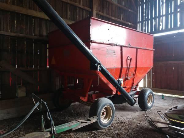 Killbros 350 Grain Cart