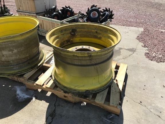 2011 John Deere ah232255 Wheels / Tires / Track