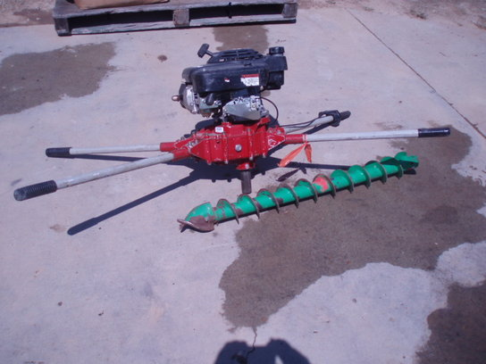 General GENERAL 330 2 MAN AUGER AVAIL FOR RENT Miscellaneous
