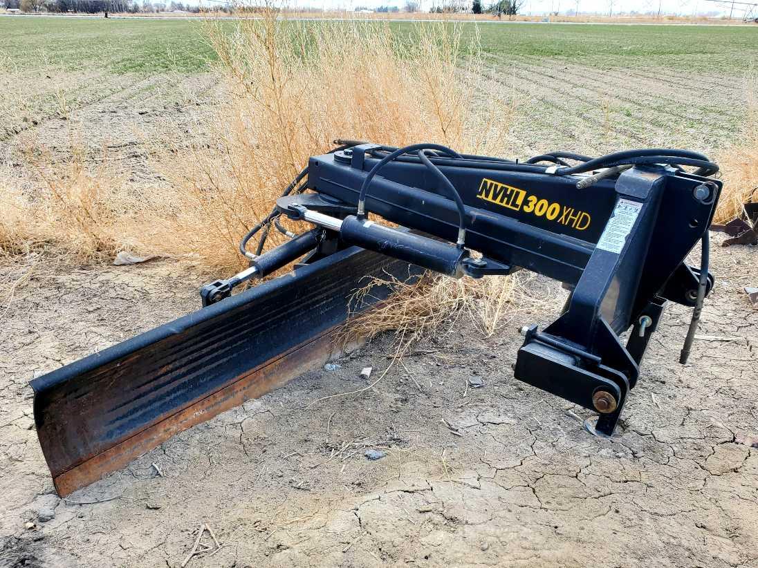 2014 Bison 300XHD Blade